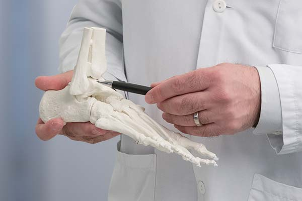 Dr Diezi Fuss Sprunggelenk-klein-nah